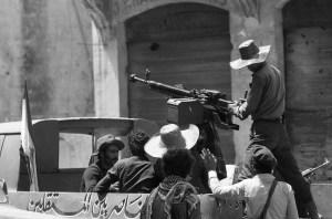 1 Liban Beyrouth combats rue 1975 (5) [50%]