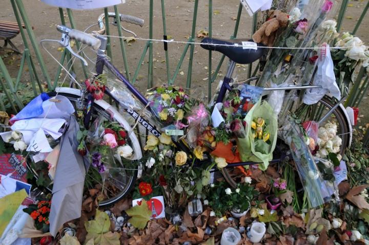 Paris hommage victimes du 13 novembre 2015 (45) (Copier)