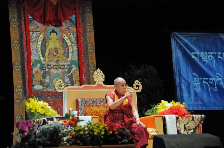 dalai-lama-palais-des-congres-paris-2016-a-copier