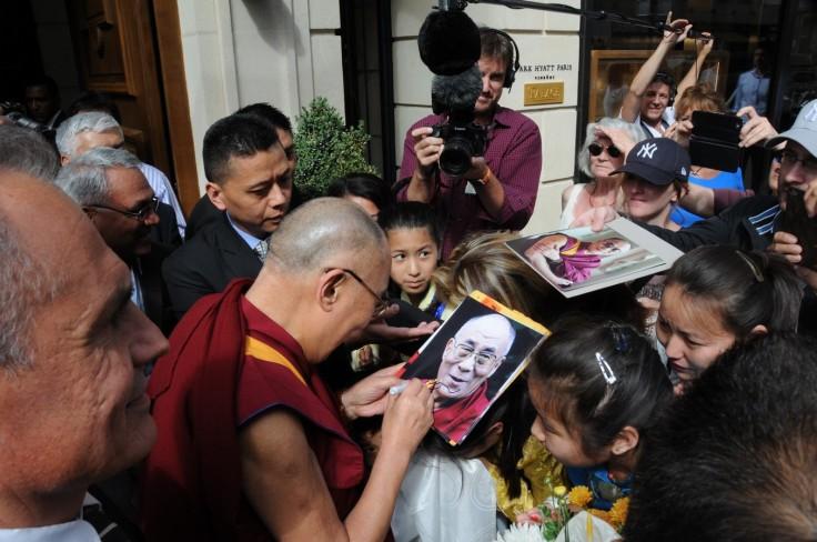 dalai-lama-paris-hotel-m-2016-2-copier