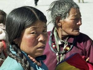 tibet-lhassa-oct-2000-a-32bn