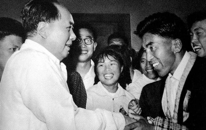 05-gonpo-1960-avec-mao-photo-chine-nouvelle-copier