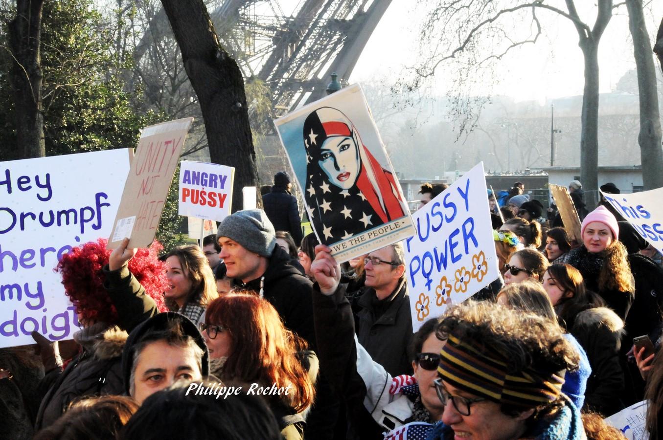 paris-manif-anti-trump-du-21-janvier-2017-shepard-fairey-copier