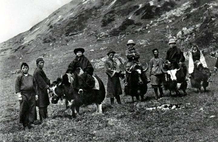 04-alexandra-dn-et-sa-caravane-au-tibet-copier-copie2
