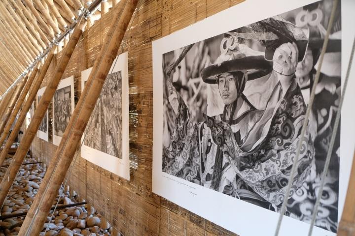 Arles expo Matthieu Ricard dans maison Simon Velez 2018 (4) (Copier)