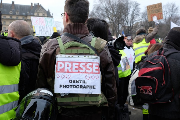 010 Paris Gilets jaunes acte X des Invalides aux Invalides janvier 2019 (Journalistes médias) (1) (Copier)